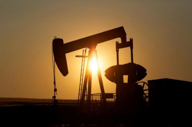 Цены на нефть падают, основная причина — снижение спроса