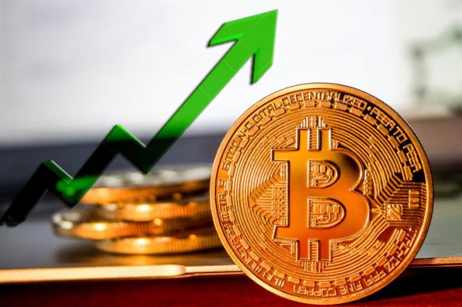 analytics5b8657ec98224 - Эксперты: До конца года биткоин может подорожать до $10000