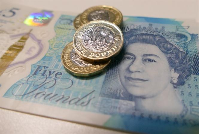 Pound pending a fateful vote on Brexit