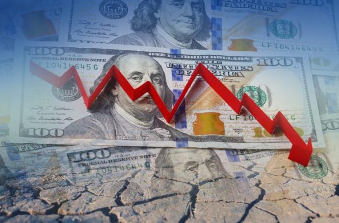 Эксперты назвали основные причины ослабления доллара в этом году