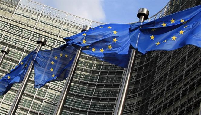 analytics5ed63619235d8 - EUR/USD: «быки» не прочь продолжить северный поход, однако факторы, которые раньше тянули евро на дно, остаются в силе
