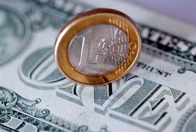 analytics5f030afa3481e - EUR/USD: евро рвется в бой, стараясь сохранить позитивный настрой