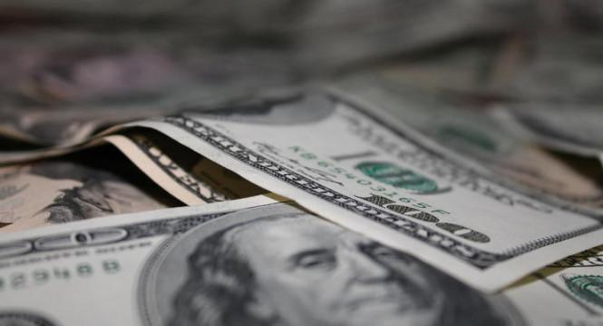 analytics5f3cf10628f8a - Хвататься не за что: американская валюта продолжает падение