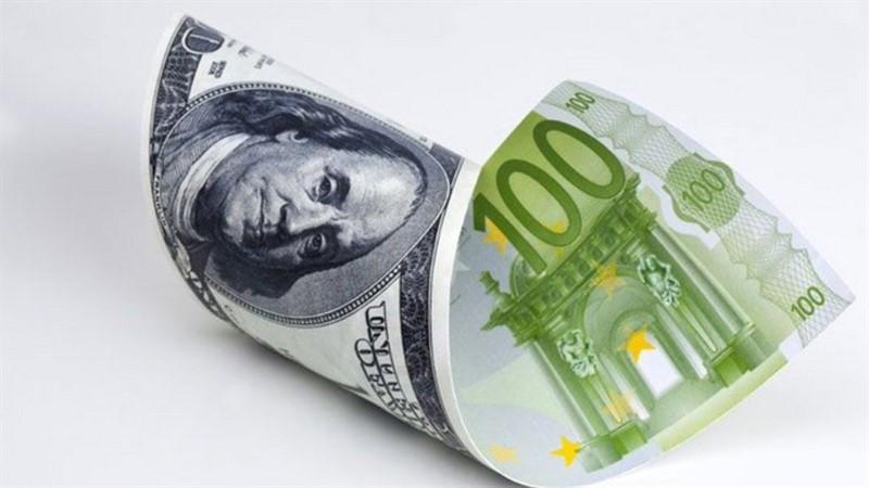 EUR/USD: доллар раскачивает лодку